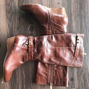Bandolino Short Wedge Leather Boot